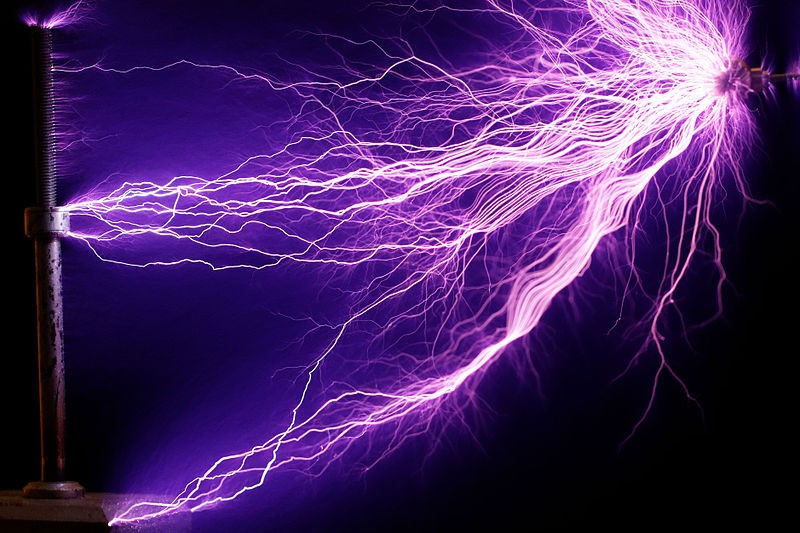 Arcs of electricity generated by a Tesla coil. (Credit: Airarcs/CC BY-SA 3.0)